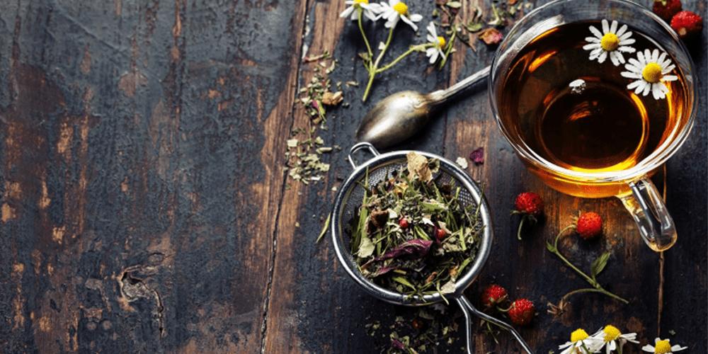 درمان سرما خوردگی با دمنوش چای هفت گیاه